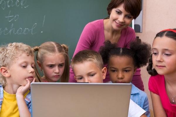Why Technology is Inevitable in the Vision of a 21st Century School? - EdTechReview