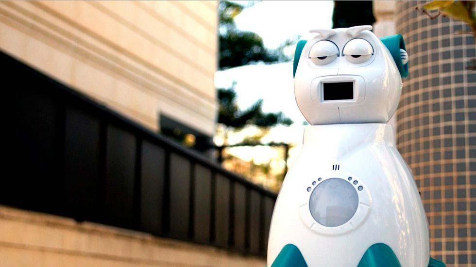 Aisoy1 V5: the Spanish Social Robot that will transform education in Spain
